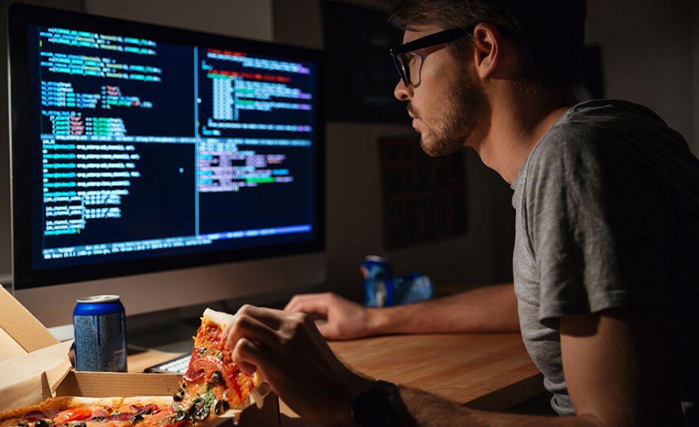 Anda Merasa Jago Komputer dan IT? Anda Akan Kalah Oleh Orang Ini
