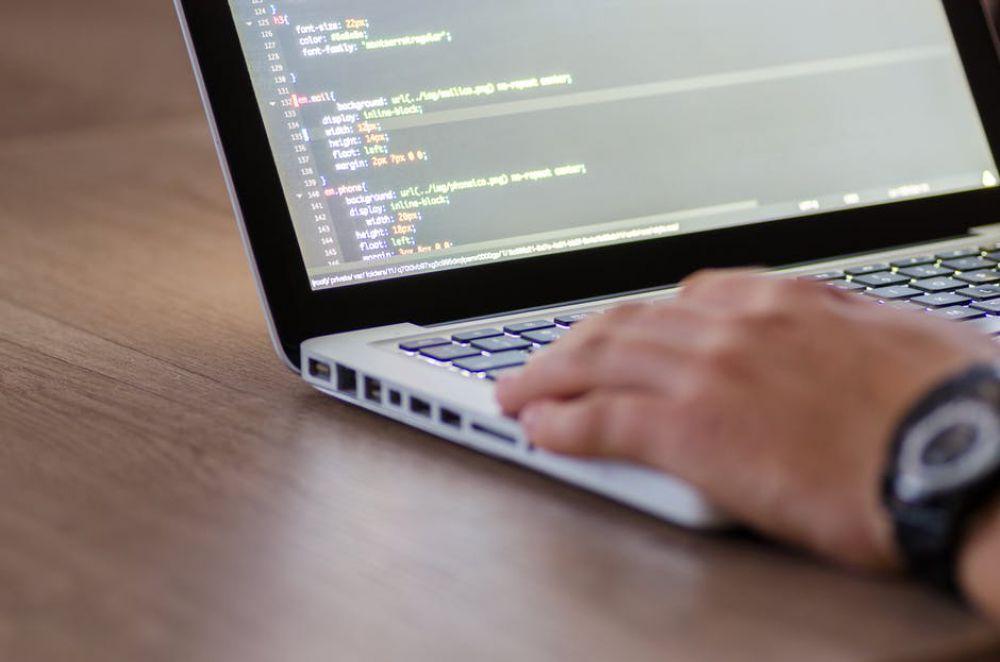 Mewawancara Calon Programmer, Berikut Contoh-Contoh Pertanyaannya