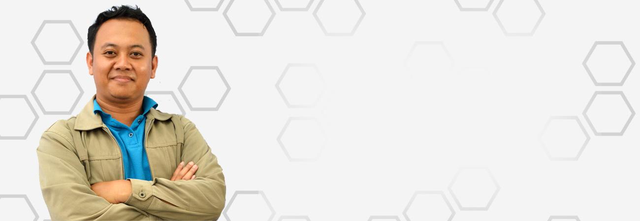 Yan Harlan, Pedagang Yang Senang Berdakwah Lewat Teknologi